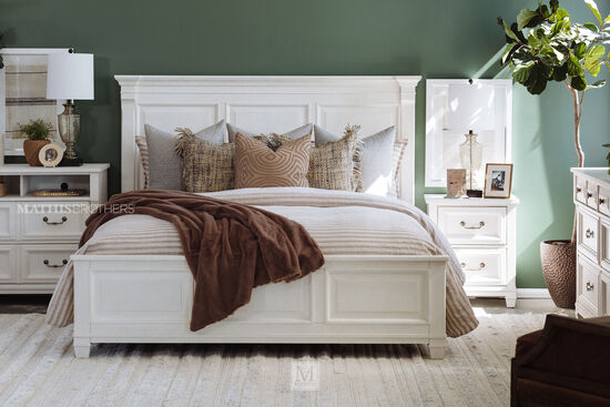 """28"""" Transitional Two-Drawer Nightstand in Cotton White"""