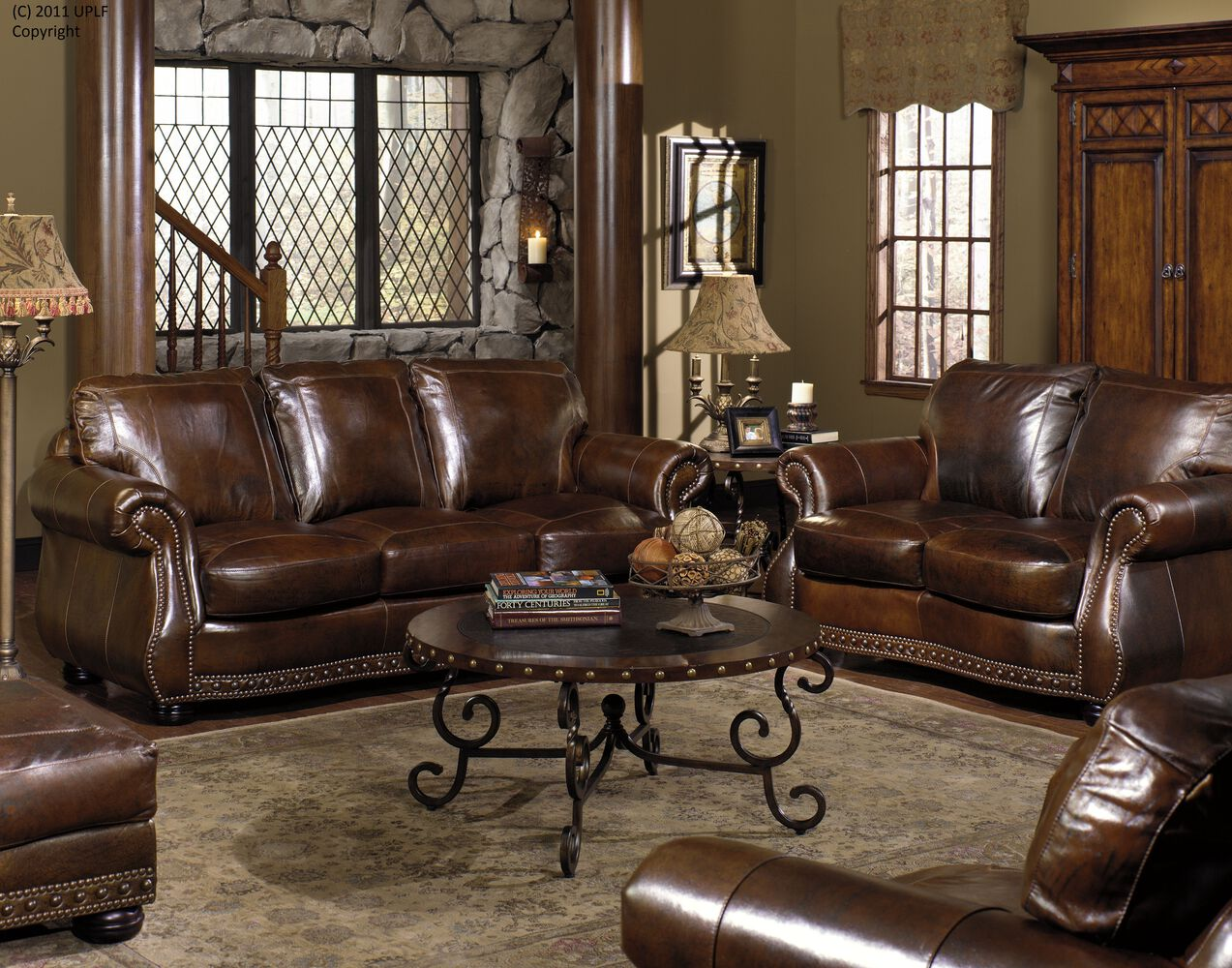 Traditional Leather 88 Sofa In Brown