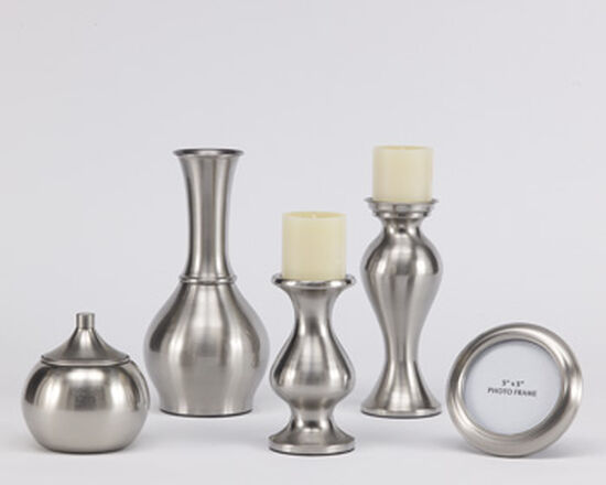 Five-Piece Traditional Brushed Accessories in Silver