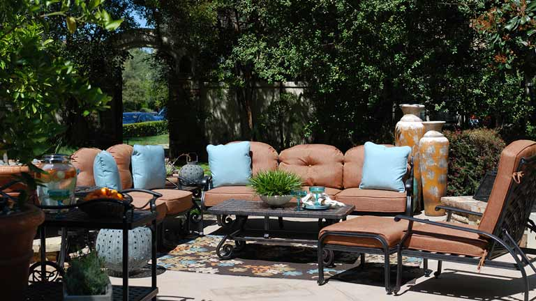 Mathis Brothers Patio Furniture it's patio time!